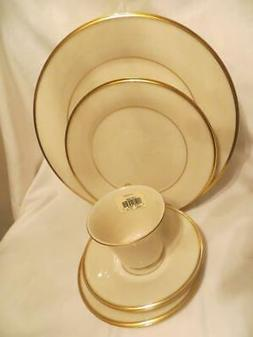 Lenox Eternal Gold  41pc Dinnerware Set for 8  Dimension Col