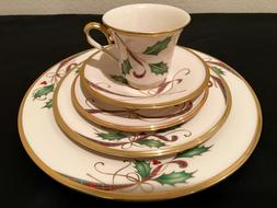 LENOX ~HOLIDAY NOUVEAU GOLD~ 5 PC SET