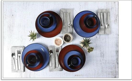 16 Piece Stoneware Soho Dinnerware Set, Blue,