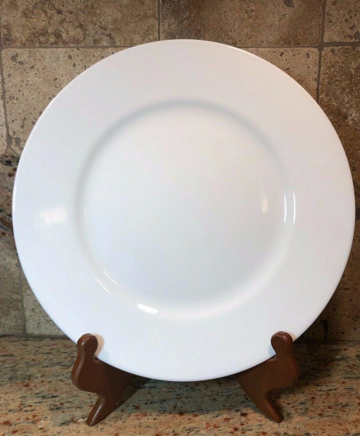 """Corelle Winter White 10 1/4"""" Plate"""