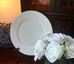 NEW MIKASA ELLIS White Bone China Dinner Plates w/ Wide Dots